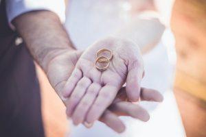 結婚占い|しっかり恋愛して結婚したい!あなたと運命の異性が育む愛