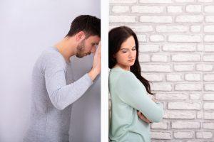結婚する前にチェック!平然と不倫をする男性の特徴