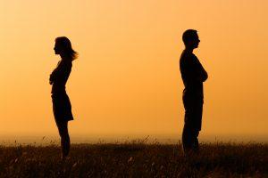 復縁占い|別れたあの人との復縁の可能性。あなたへの未練や気持ちはある?