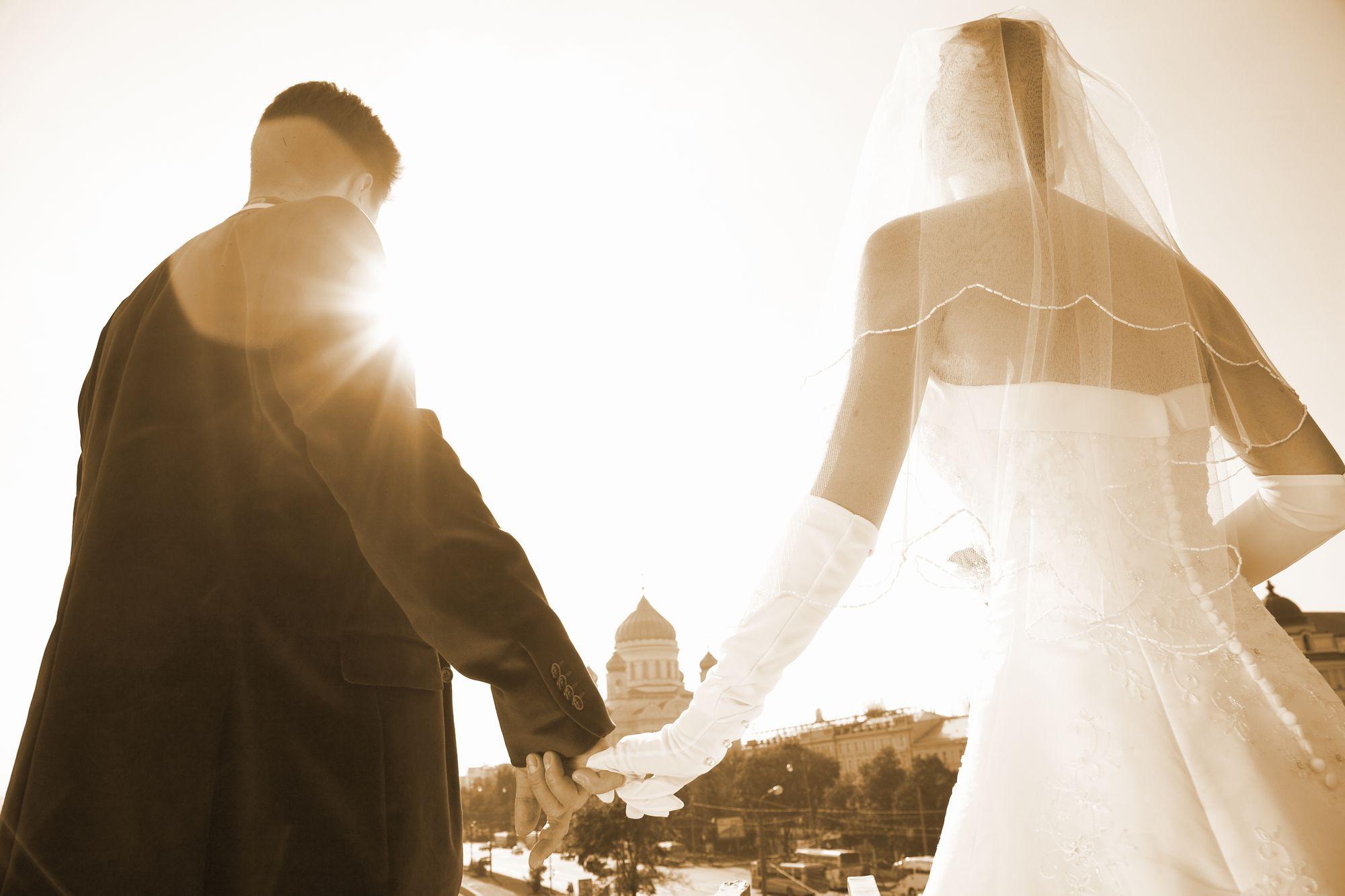 水晶玉子の不倫占い|結婚したいなんて言ったら困る…?怖いけど確認したい