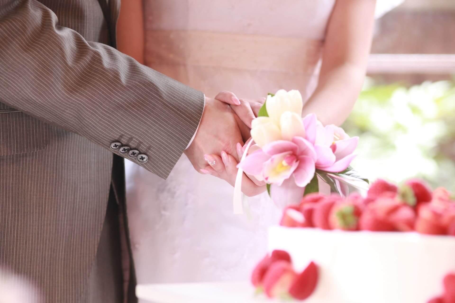 水晶玉子の出会い占い|今年こそ結婚イケる?あなたの運命異性とその特徴