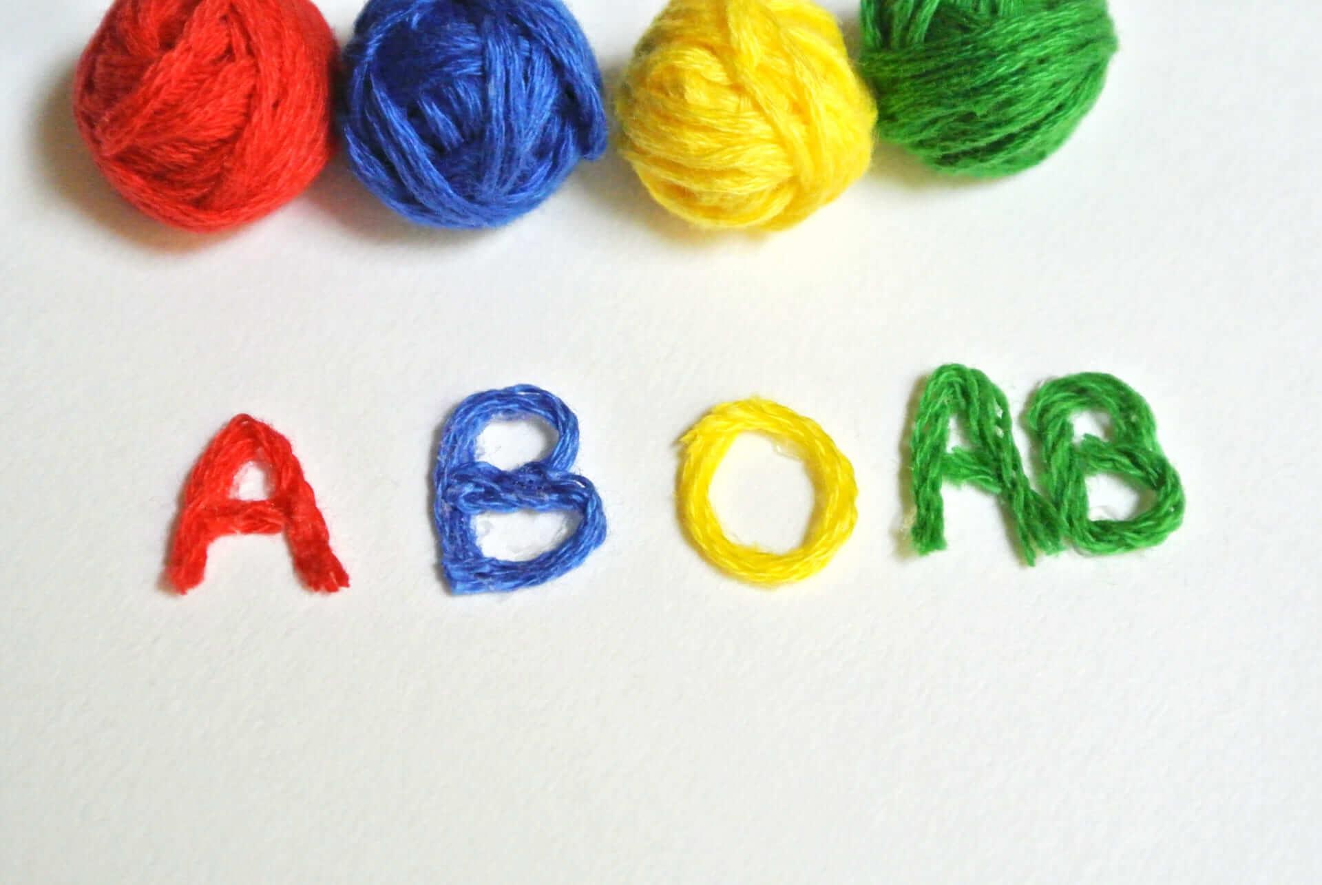 【血液型診断】性格/行動/好き嫌い…A型・B型・O型・AB型の特徴を紹介