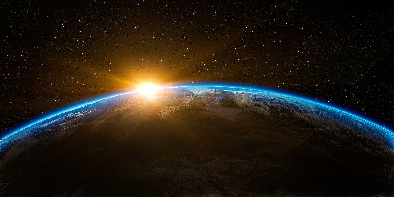 2021年1月の星読み◆太陽が水瓶座に移動、月初に3つの惑星が移動へ