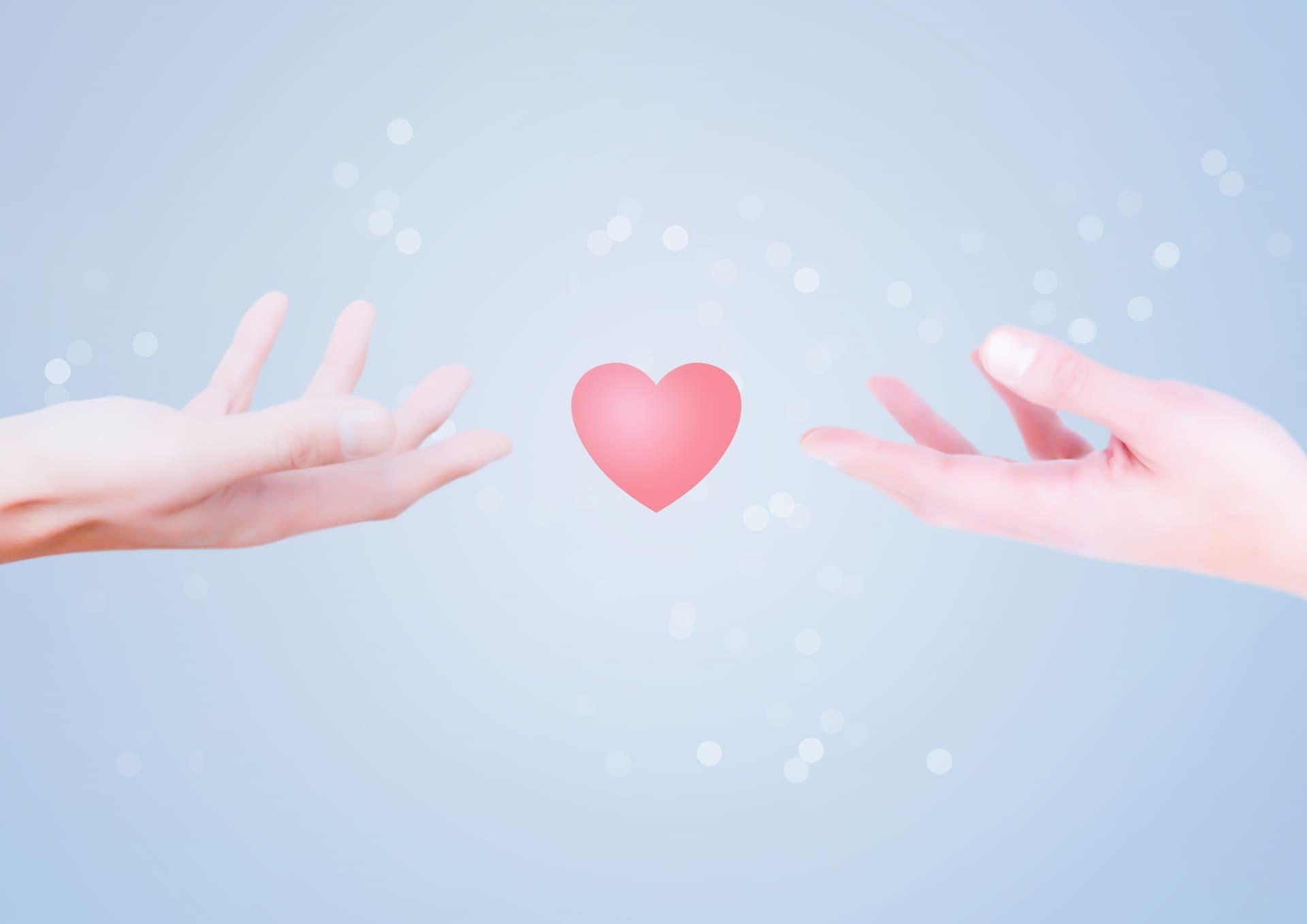 水晶玉子の相性占い|生年月日で分かる!あなたと相手の相性、恋結末