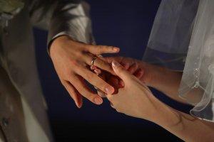 【無料占い】木下レオンが占う、あなたの結婚相手◆名前、年齢が判明
