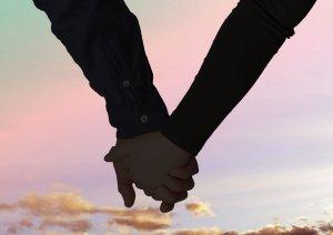 恋愛相性、結婚相性…2人の全相性公開!鏡リュウジの相性占い【無料占い】