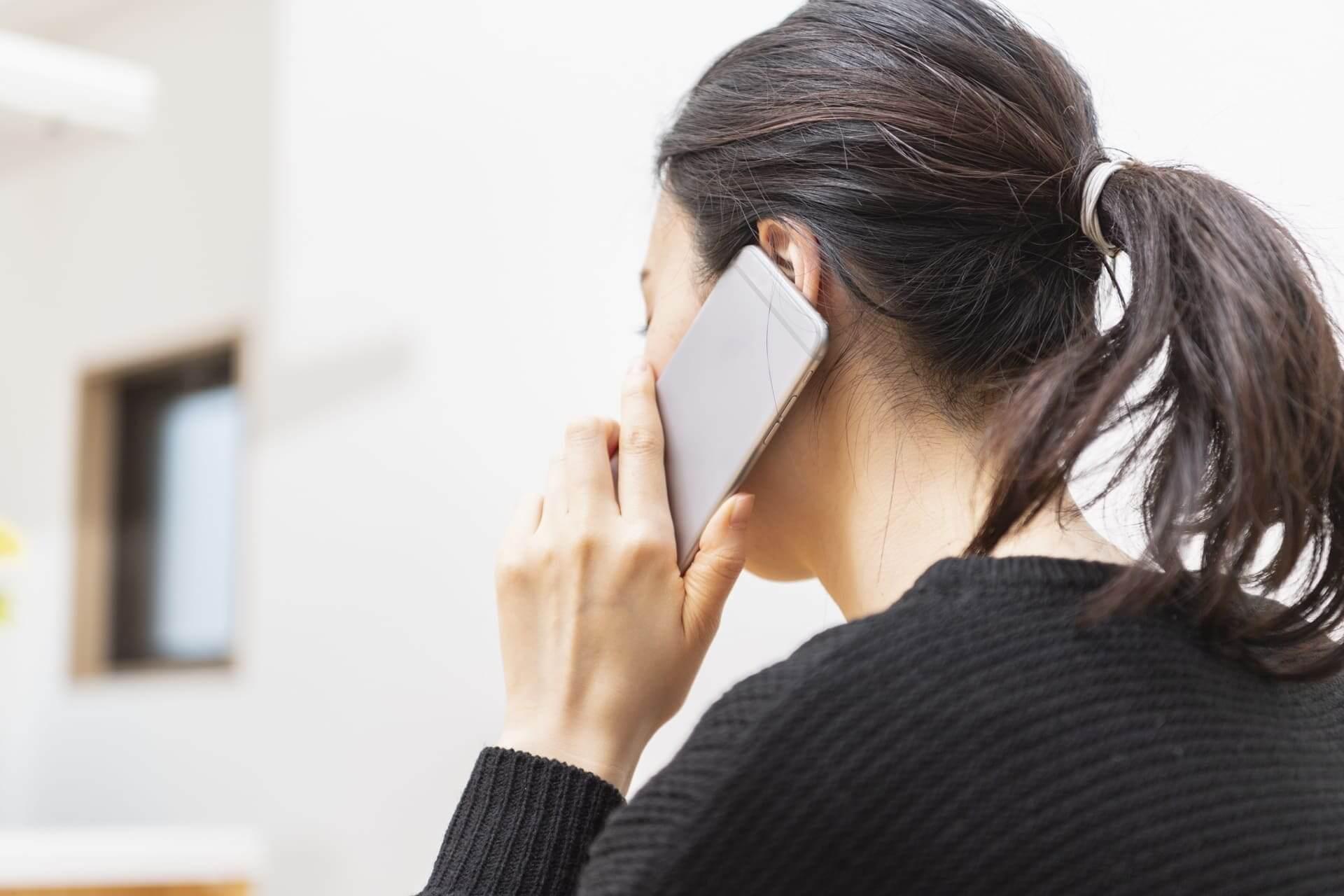 電話占いメルの当たる占い師【ミス・ルージュ】人気の秘密と口コミを検証!