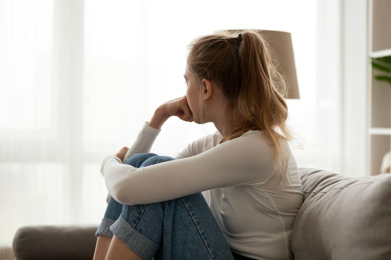 浮気する人の心理・浮気しやすい人の特徴|浮気されないためにどうすべき?