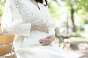 夢占い|妊娠する夢の意味は?幸せな出来事が訪れる吉夢のサイン